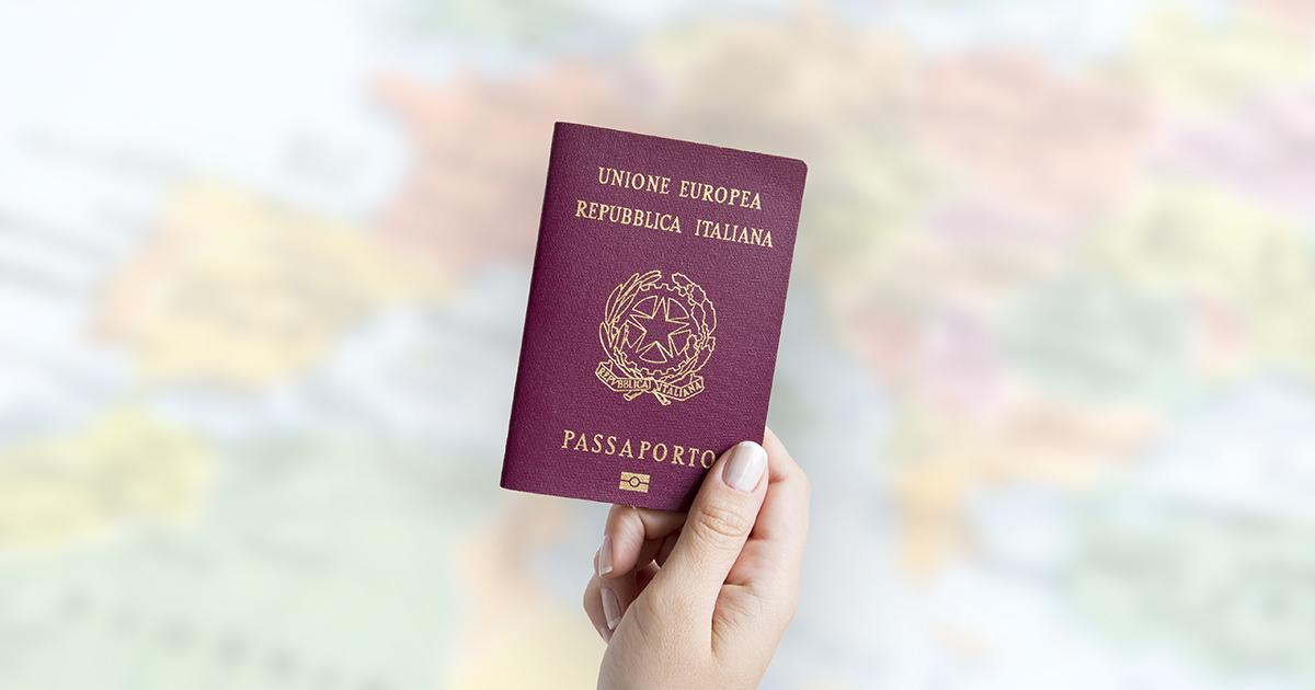 Extracomunitari senza sponsor: la vita degli italiani senza cittadinanza